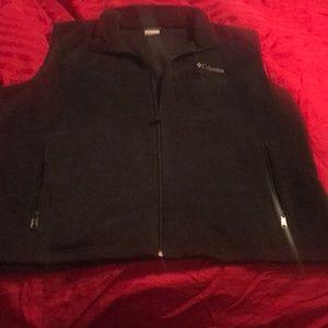 Men's Columbia vest size XXL